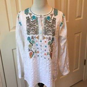 Dylan white embroidered 3/4 length sleeve top